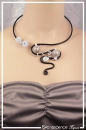 Collier Serpent - Couleur Noir et Blanc