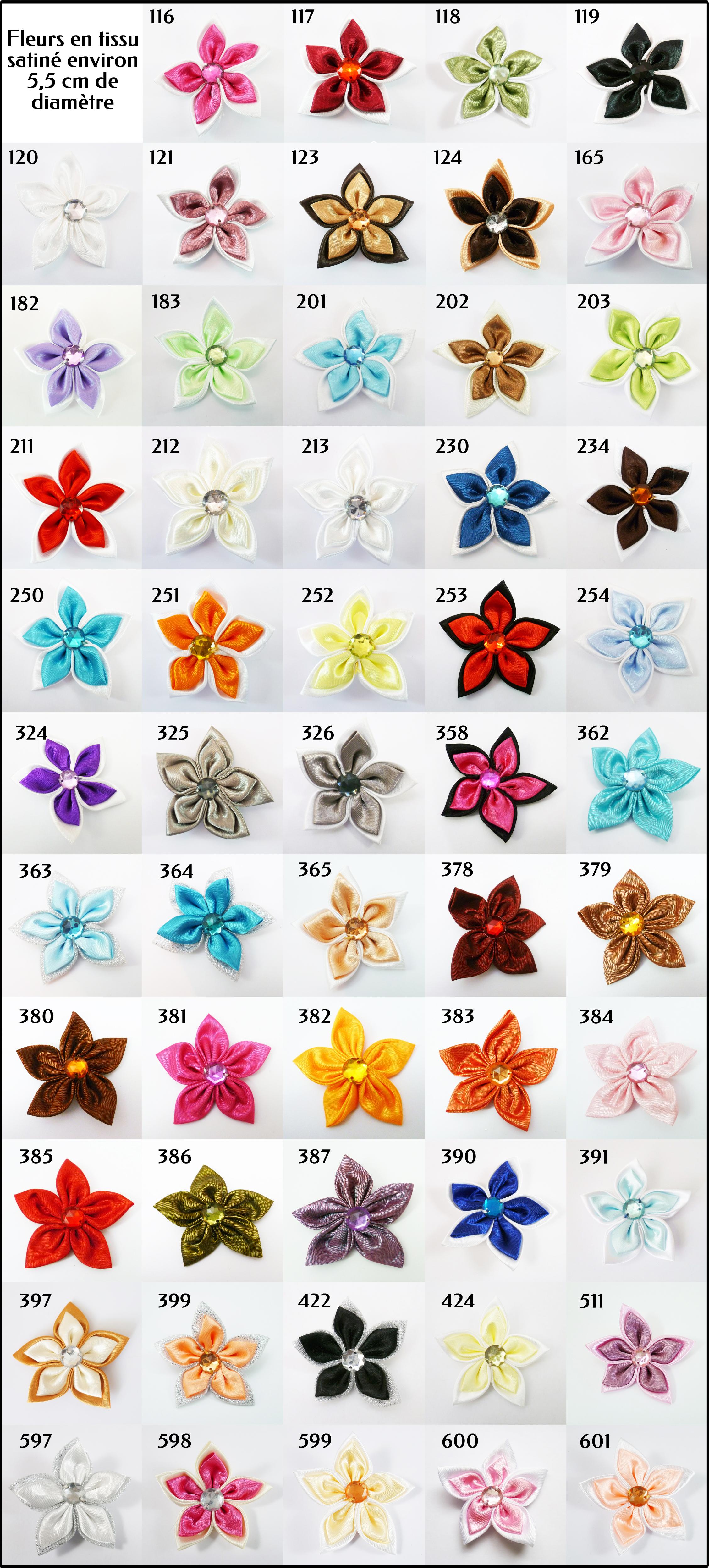 Plaquette de couleur de fleur en tissu