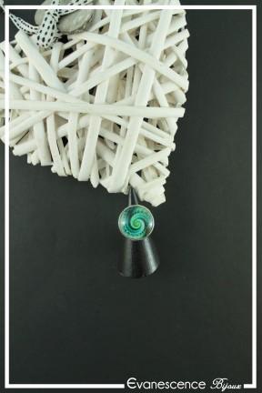 bague-reglable-spirales-couleur-noir-et-vert-fond-noir
