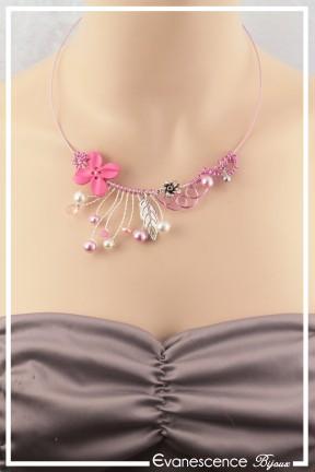 tour-de-cou-cable-popi-couleur-rose-et-argent-porte